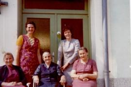 1990er Gassentratsch Fr. Pflamitzer, E. Meixner, M. Toth, E. Zapfl, Fr. Sochr, 134ME