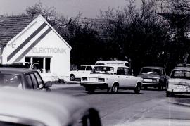 1989 Öffnung des eisernen Vorhang. Verkehr in Zurndorf 2PRO