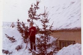 1970er Winter in Zurndorf, Windgasse 49PI