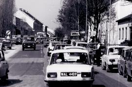 1989 Öffnung des eisernen Vorhang. Verkehr in Zurndorf 4PRO