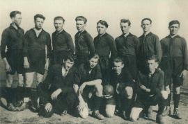 1934 Blitzelf v.l.h. Steiner, Pammer, Braun, Drescher, Simon, Pittnauer, Metzl, Kuhne v.l.v. Horvath, Hotwagner, Metzl, Hiermann 1HOFG