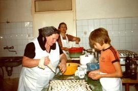 1989 Hochzeit backen i. d. Bäckerei Pschaiden 41ZA