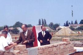 1966 Grundsteinlegung HS Zurndorf 10P