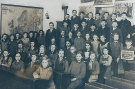 1930 3. Schulklasse Jahrgang 1921 10RW