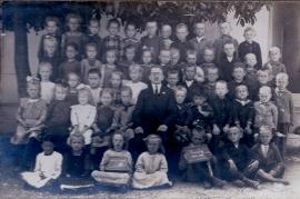 1921 evang. Schulklasse  213PM