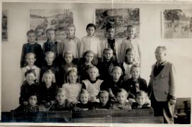1951 Jahrgang 1943 3. Schulklasse Lehrer Siebenstich 22UNGR