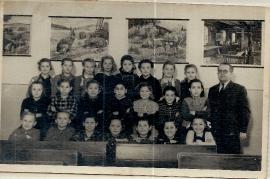 1952 Jahrgang 1943 4. Schulklasse Lehrer Siebenstich 23UNGR