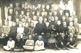 1920er Schulbild 1921-22 1. und 2. Klasse A173