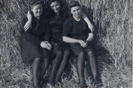 1943 E. Liedl (Hareter), A. Zeugner, M. Öller (Liedl) 11LÖ