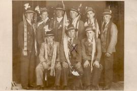 1938 Rekruten Jahrgang 1921 ol. A. Leitner, L. Nitschinger, M. Weiß, K. Meixner, W. Weiß, P. Liedl, vorne v.l. M. Hareter, M. Öller, M. Leitl, 13LÖ