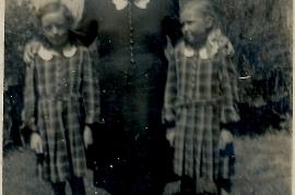 1938  M. Dürr mit Trude u. Mitzi 54RW
