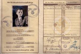 1942 Katharina Amri (Martinkovich) Reichsarbeitsdienst Paß 70AH