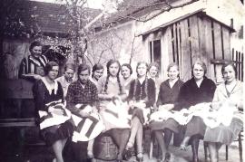 1938 Damenrunde 4P