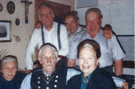 1970er Fr. Rechnitzer, ? , Schäfer Karl, J. Zeugner, J. Amri, Fr. Planka 125AH