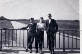 1960er M. Hoffmann, W. Pamer, J. Kiesler, bei der Leitha 4KP