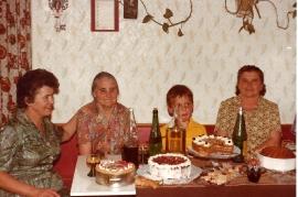 1979 Toth Maria, Dürr Karoline