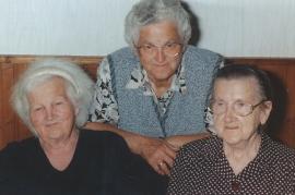 2004 Elise Schneemayer, Anna Dürr, Fr. Hoffmann 2DEM