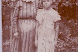1910 Sonnleitner Großmutter, Weiß Mitzerl 103So
