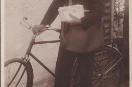1910er Johann Rauscher Postler mit Fahrrad 77HW