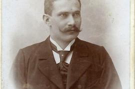 1899 7So