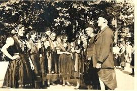 1935 Volkstanzgruppe Zurndorf in Innsbruck 151BA
