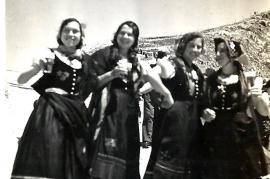 1935 Volkstanzgruppe Zurndorf in Innsbruck 153BA