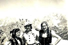 1935 Volkstanzgruppe Zurndorf in Innsbruck 155BA