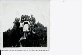 1947 Volkstanzgruppe Zurndorf in Wels 97UP